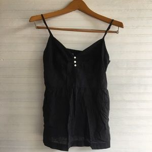 GAP black V neck tank